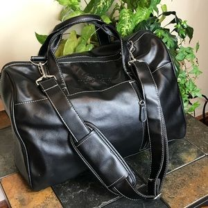 Travel bag vegan Leather Stillwather M center